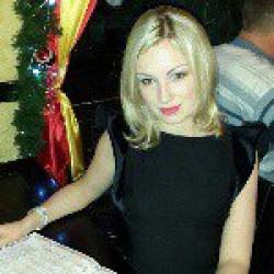Олена Тарасова
