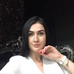 Анжела Макаренко